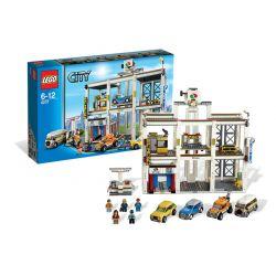 LEGO CITY 4207 WIELKI WARSZTAT SAMOCHODOWY Z GARAŻEM