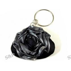 Torebka z satynową różą - czarna