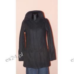 Czarny płaszcz firmy Fenchurch