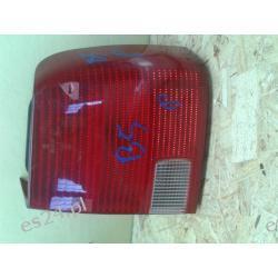 VW Passat B5 sedan prawa lampa tył kompletna