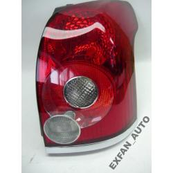 Toyota Avensis Kombi Lift prawa lampa tył ORYGINAŁ Lampy tylne