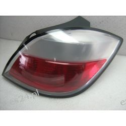 Opel Astra III prawa lampa tył 5D oryginał