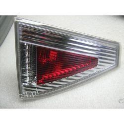 Subaru Impreza lewa lampa tył w klape Lampy przednie