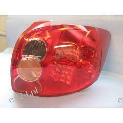 Toyota Auris prawa lampa tył oryginał
