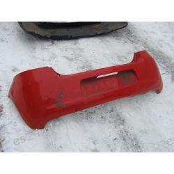 Toyota Yaris II czerwony zderzak tył tylni