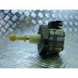 Skoda Octavia II silniczek regulacji lampy ksenon xenon
