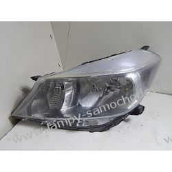 Toyota Yaris 2009-> lewa lampa przód