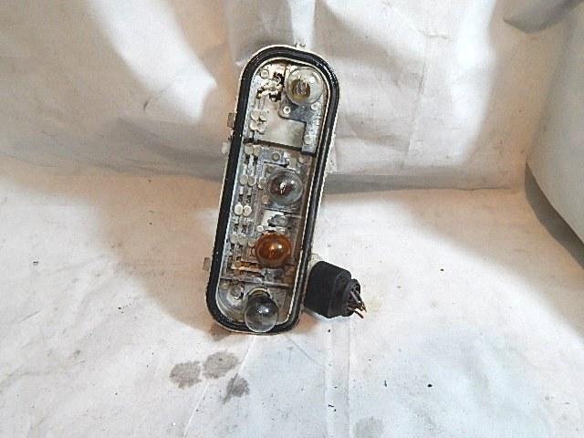 Audi A4 B6 Kombi 2000 04 Prawy Wkład Lampy Tył Na Bazarekpl