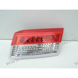 RENAULT LAGUNA III PRAWA LAMPA LED W KLAPĘ