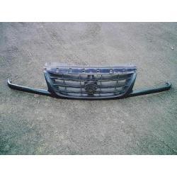 Atrapa przednia Suzuki Grand Vitara 2002-2004