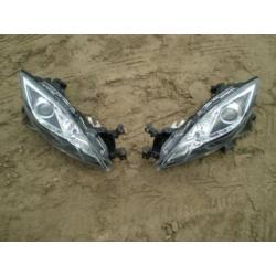 Komplet reflektorów Mazda 6 rok 2007-2008