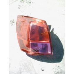 Lampa tylna lewa Nissan Qashqai rok 2007-2008