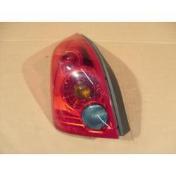 Lampa tylna lewa Nissan Primiera P12 2001-2007...