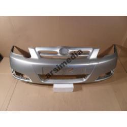 Zderzak przedni Toyota Corolla HB 2004-