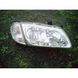 Reflektor prawy Nissan Almera 2001-2003