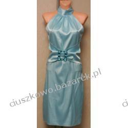 Niebieska suknia wieczorowa z ozdobnym zdobieniem w pasie
