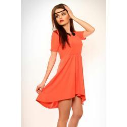 3332-3 Sukienka na krótki rękaw z koronką i przedłużonym tyłem - koralowy...