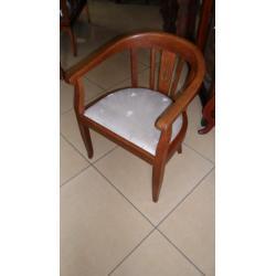 Stare krzesło do biurka