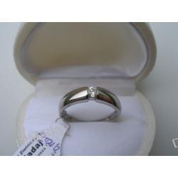 Pierścionek z białego złota z diamentem 0,23 ct I-J/VS
