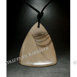Trójkątny wisior z krzemienia pasiastego w srebrze  Biżuteria i Zegarki