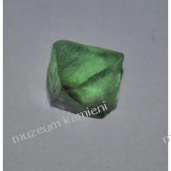 Piekny fluoryt MIN02 Kolekcje