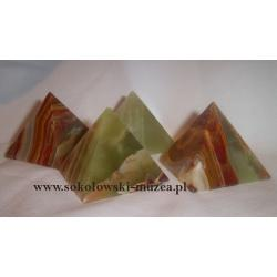 Piramida z onyksu brązowa Wisiorki