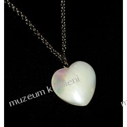 Piękne serduszko - wisior z masy perłowej W009 Biżuteria i Zegarki