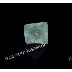Piekny fluoryt MIN13 Kolekcje