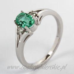 Złoty pierścionek z naturalnym szmaragdem 0,40 do 0,45 ct i brylantami 0,04 ct PK0104MK