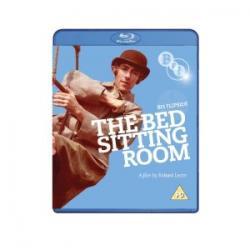 Jednopokojowe Mieszkanie / The Bed Sitting Room