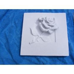 Relief różyczka Figurki i rzeźby
