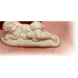 Śpiąca dziewczynka Figurki i rzeźby