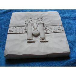 Płaskorzeżba egipska-bliżnieta-wyprzedaż Figurki i rzeźby
