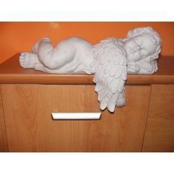 Duży,śpiący anioł,aniołek Figurki