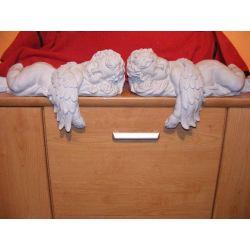 Para dużych śpiących aniołów Skarbonki i figurki