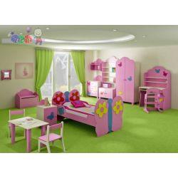 Zestaw mebli dziecięcych Motyl szafa dwudrzwiowa + łóżko + komoda z 3 szufladami...