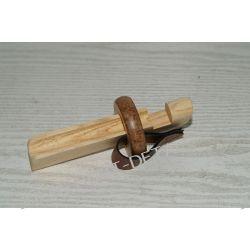 Docisk drewniany do klejenia tipów