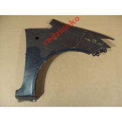 Błotnik przedni prawy Mitsubishi Colt 2009-