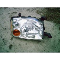 Nissan Navara 2002-2004 lampa prawa oryginalna