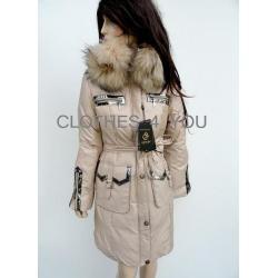 Zimowy płaszcz SNOW ART z futrzanym kołnierzem