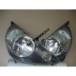 Honda Jaaz 2005 polifcie reflektor lewy