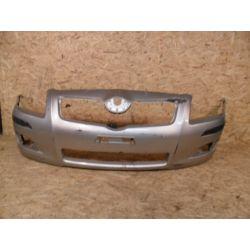 Zderzak przedni Toyota Avensis 2006-