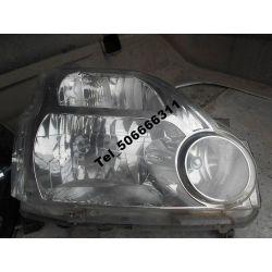 Nissan X-Trail 07-10 reflektor prawy