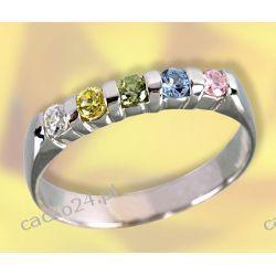 Delikatny srebrny pierścionek z kolorowymi cyrkoniami