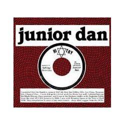 Musik: Hi Try  von Junior Dan