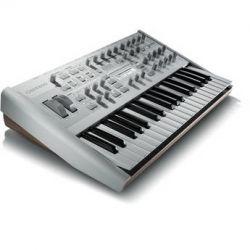 Access Music Virus TI2 Polar 37-Key Programmable VIRUS TI2 POLAR