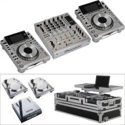 Pioneer DJM-900NXS-M nexus DJ Mixer and Two CDJ-2000NXS-M nexus