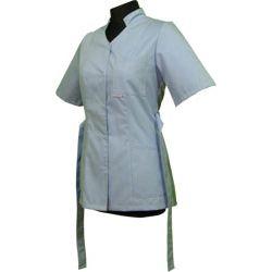 Bluza medyczna dla pielęgniarki 011 - stójka leżąca i pasek