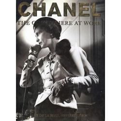 Chanel, The Couturiere at Work by Shelley Tobin, 9780879516390.