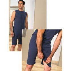 Body z krótkimi nogawkami oraz zamkiem na plecach i w kroku
